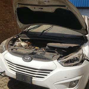 HY001 HYUNDAI IX35 2.0 2015 *STRIPPING FOR SPARES*