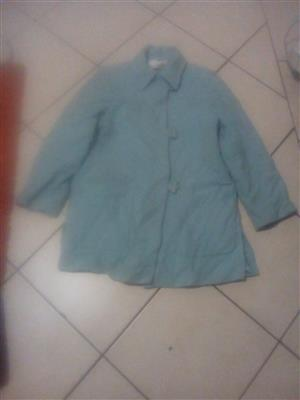 second hand  bales of ladies jackets   R1800!!!
