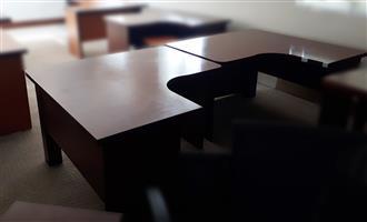 Two-way cluster desk set