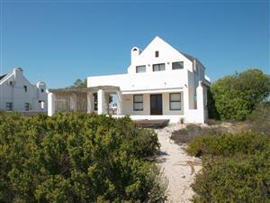 5 Bedroom Beachfront House for Sale in Dwarskersbos