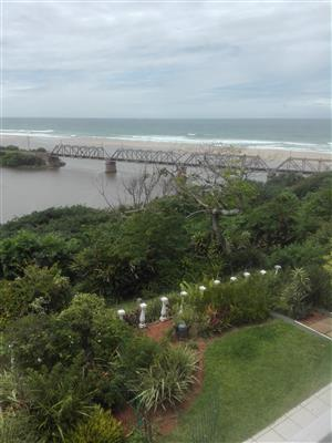 3 Bedroom Pet Friendly Townhouse in Illovo Beach – R10500