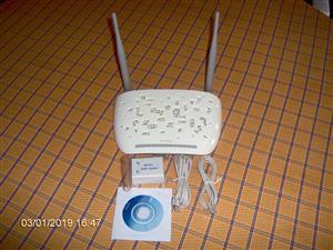 Modem Router   Toplink 300Mbps  Wireless N ADSL2+