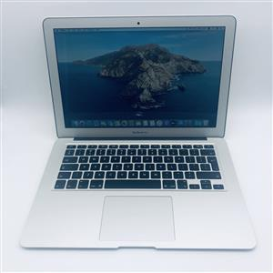 Apple MacBook Air 13-inch 1.4GHz Dual-Core i5 (128GB, Silver) - Pre Owned