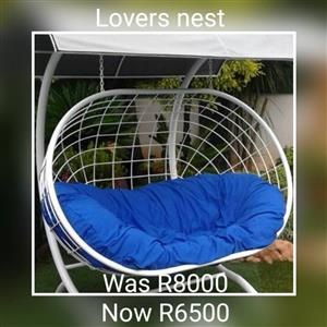 Lover's nest with blue pillow