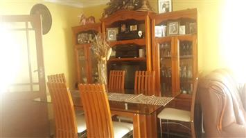 Chairs and table & Room-diver for sale