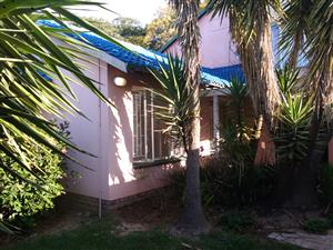 3 Beds house to let in Randpark Ridge - R 13500.00 p.m includes water and lights!
