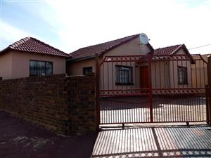 HOUSE FOR SALE ATTERIDGEVILLE EXT 13
