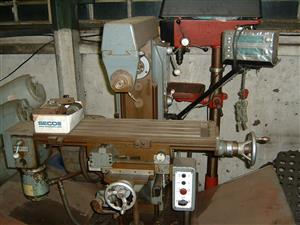 Universal toolmakers milling machine for sale