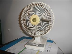 DESK FAN - GOOD FOR STUDY ROOM OR OFFICE