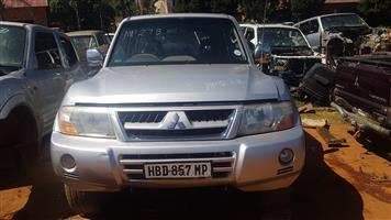 MITSUBISHI PAJERO CK 3.2 DID LWB -BODY PARTS FOR SALE