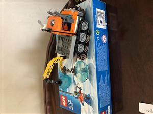 LEGO City Ice tractor