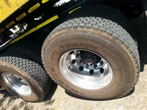 315 2ND HAND TRUCK TYRES,LOCAL MAKES
