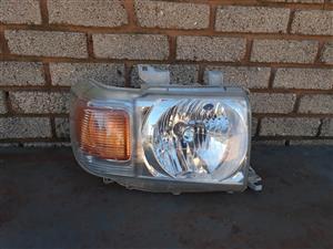 Toyota Lad Cruiser Right Side Headlight