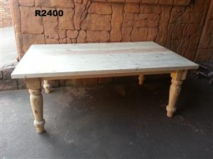 8 Seater Farmstyle Table (2000 x 1200)