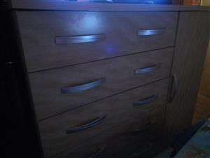 Second Hand Chest of Drawer