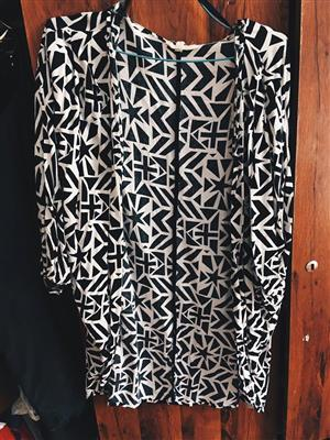 Black and white poncho type top