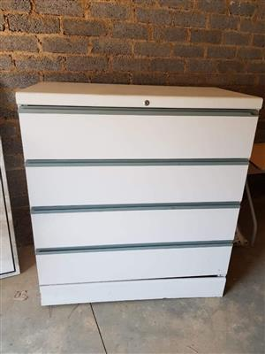 Office cabinet 4 pull out draw's