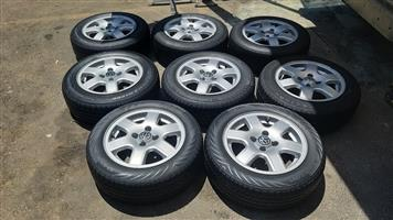14 Inch VW CiTi Golf 6 Bar / Flower rims with tyres