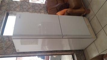 435L KIC Fridge for R2200
