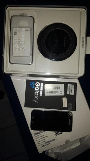 Samsung S7 + wireless fast charger + accessories