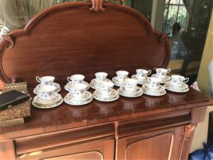10 Royal Albert trios