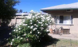 Karoo Lifestyle Smallholding 4.5Ha Touwsrivier