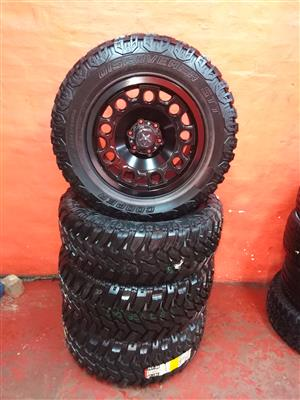 bakkie mag rims and discoverer cooper stt tyres for sale