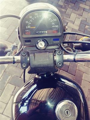 2000 Yamaha IT