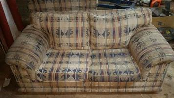 Second hand 3 piece lounge suite