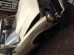 Stripping Toyota Hilux RN30 1982 for Spares