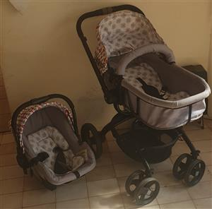 Chelino twister pram and car seat
