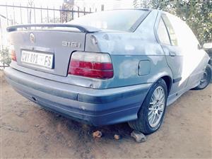 1990 BMW 3 Series 316i