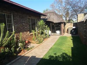 4 bedroom home for rent in Bakenkop