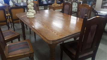 Oregon pine six-seater diningroom table and chairs
