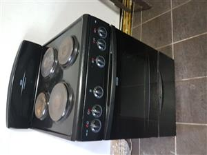 4 PLATE DEFY KITCHENMASTER STOVE N OVEN