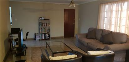 2 Bedrooms cottage to Let