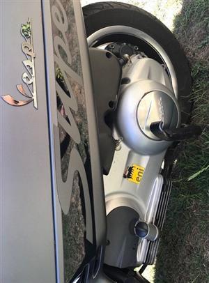 2015 Vespa GTV