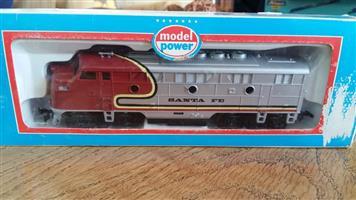 Santa Fe model train for sale
