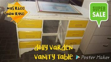 Dolly Varden dressing table