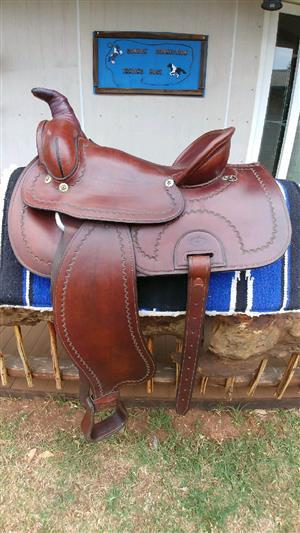 Stunning Roper western saddle