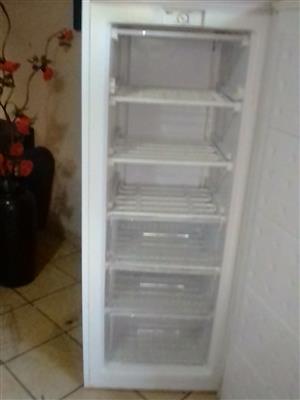Bauer freezer 180ltr
