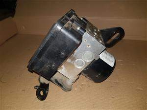GRAND CHEROKEE ZJ ABS PUMP