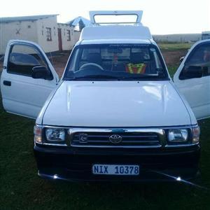 2005 Toyota Hilux 2.0