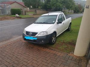 2010 Nissan NP200 1.6i