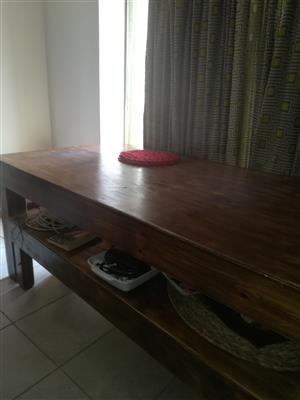 DINING TABLE FOR SALE (FIRST COME FIRST SAVE)