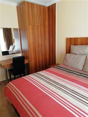 ROOMS FOR FEMALE STUDENTS AND SINGLES