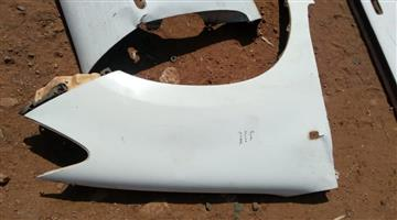 2012 Toyota  hulux right fender