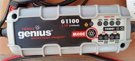 Battery Charger Genius G1100 for motorbike sized batteries