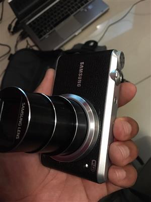 Samsung WB350F digital camera for sale.