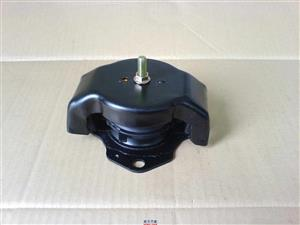 Mitsubishi pajero 3.2 3.8 engine mounting for sale